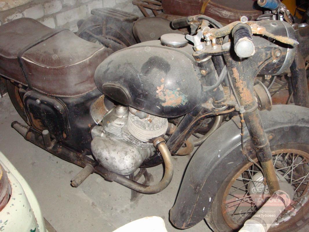 Так мотоцикл выглядел до появления в моём музее.