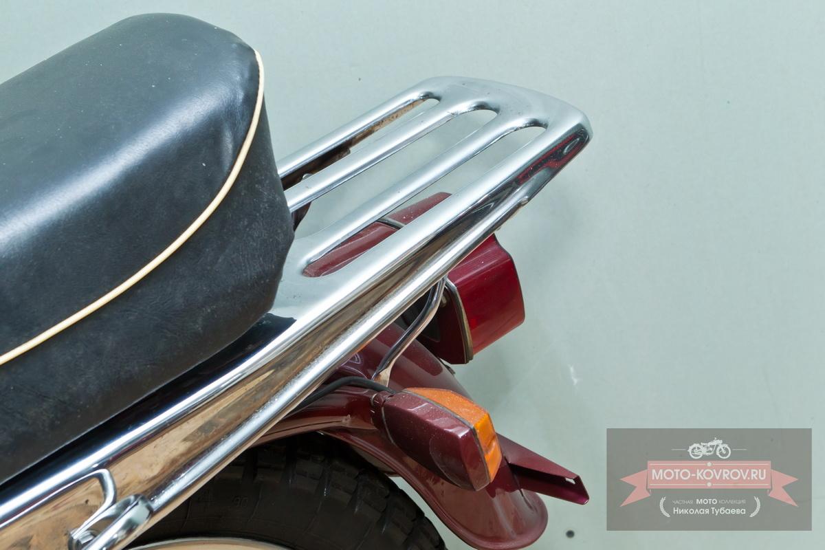 Задняя часть мотоцикла