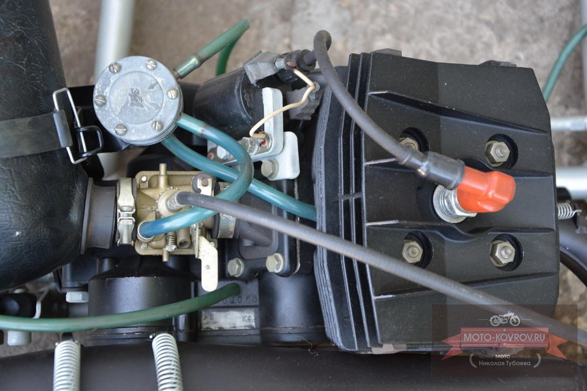 Двигатель сверху