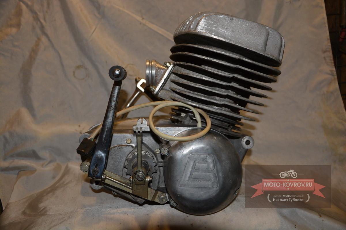 Двигатель справа